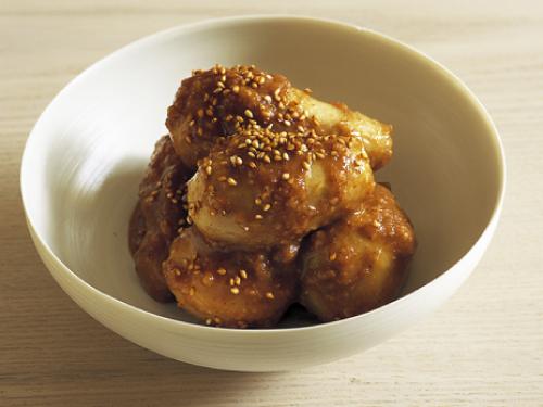 里芋のメープル胡麻味噌和え