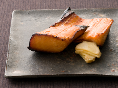 鮭のメープルみそ粕漬け