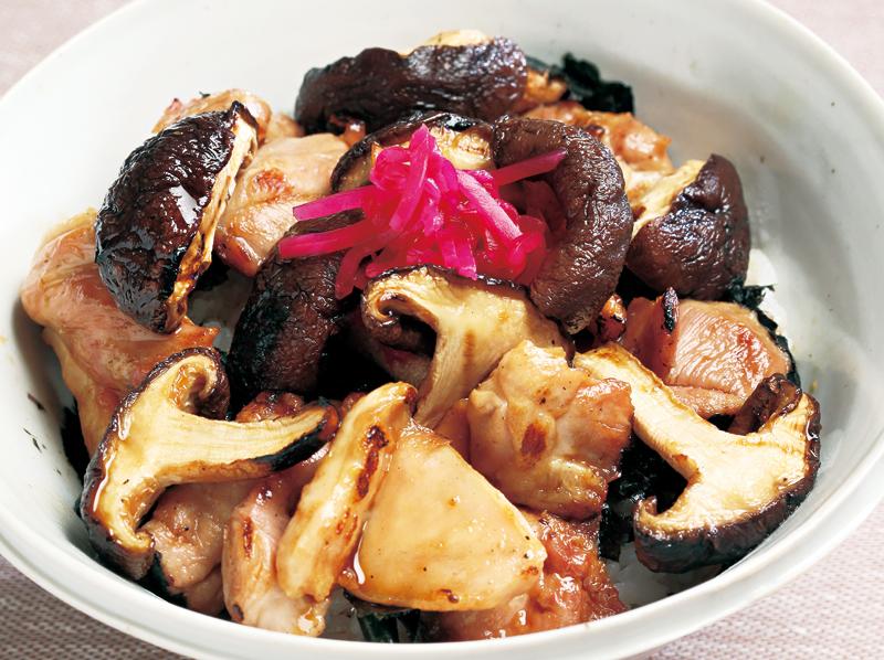 椎茸と鶏のメープルきじ焼丼