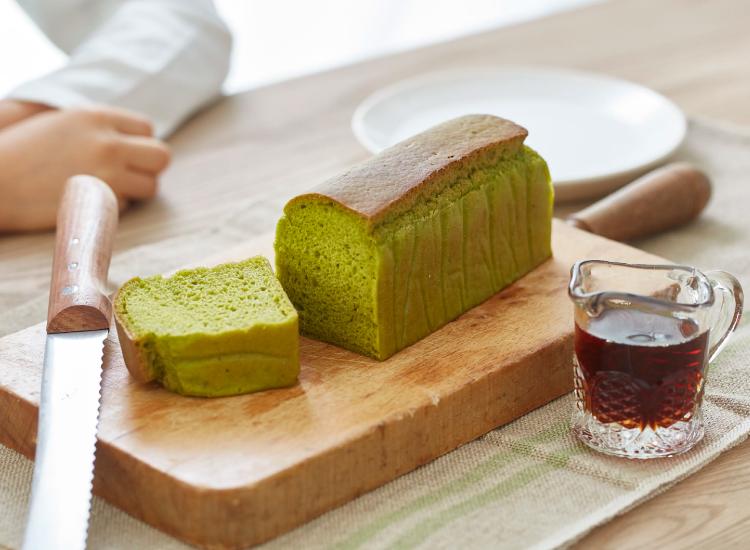 メープルほうれん草生米パン