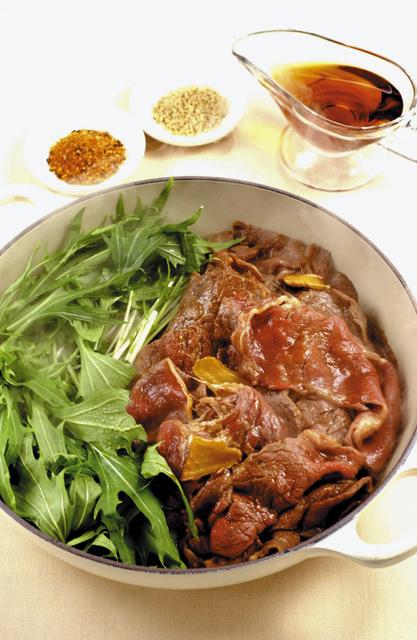 牛肉のすきやき風 メープルシロップ風味 水菜添え