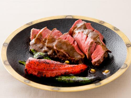 牛ヒレ肉のメープルシロップ幽庵焼き