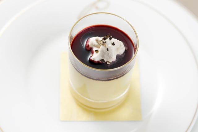 鴨のフォワグラのフラン、メープルシロップとスパイスのクリーム