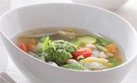 メープルウォーターの野菜スープ、メープルバターペスト添え